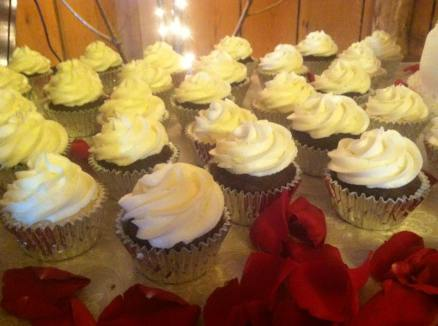 cook cupcakes